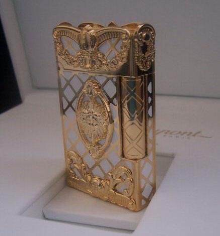 Versailles Lighter Dupont